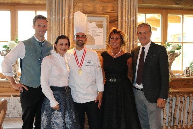 """Alexander Forbes jun. (Mitte) wurde zum """"Koch der Köche"""" 2017 ernannt."""