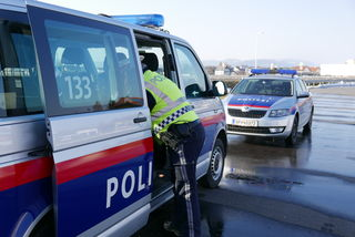 Schärdings Polizisten haben alleine im Jahr 2016 über 22.000 Überstunden geleistet. Die Stimmung steht auf der Kippe.