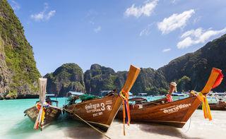 """Auf der Insel Ko Phi Phi im Süden Thailands wurde der Kinofilm """"The Beach"""" mit Leonardo DiCaprio gedreht."""