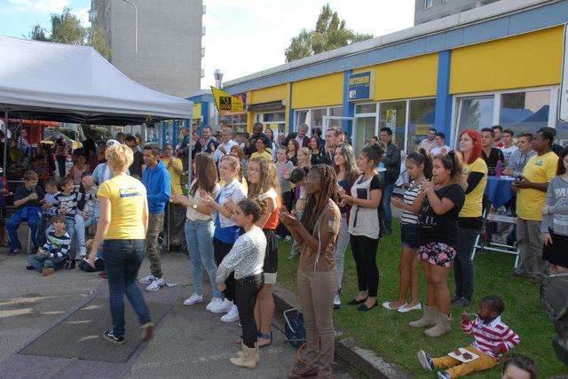 Nachbarschaftsfest Netzwerk Sud Im Zohrdorferfeld Neue Heimat Linz