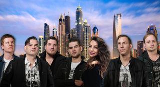 """Manfred Dobesch (2. v.l.) spielt mit seiner Partyband """"Chaos"""" von 20. September bis 1. Oktober in Dubai am Barasti-Beach"""