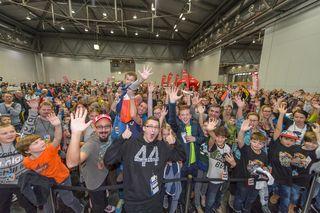 """Nach dem Erfolg der ersten """"Influencer Video Con"""" in Dornbirn mit über 5.000 Fans, machen die Influencer und Webstars aus ganz Österreich und Deutschland am 30. September im Warehouse auch St. Pölten unsicher."""