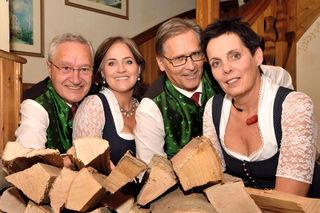 Kärntner Viergesang: Peter und Alexandra Gröning, Norbert Löcker und Burgi Leeb treten seit 17 Jahren gemeinsam auf