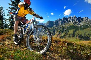 Das Mountainbike-Techniktraining am Fuße der Mandlwand findet am 17. September statt.