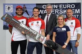 Von links: Claudio Köstenberger, Andreas Weichhart, Michael Strugl, Nicola Kuhn und Daniel Dobringer.