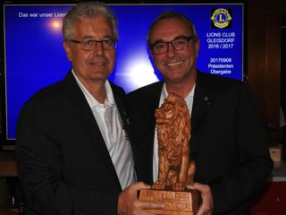 Peter Lidl mit Präsident Peter Ochensberger (v.l.n.r).