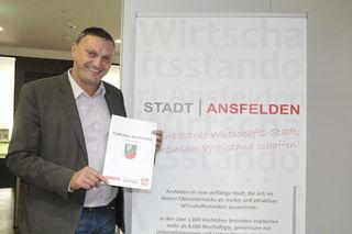 Anstehenden Herausforderungen gemeinsam begegnen. Bürgermeister Manfred Baumberger ruft zur Teilnahme auf.
