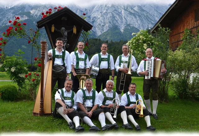 """Die """"Fidelen Milser"""" starten das Konzert am 7.10. mit einer großartigen Inntalerpartie."""