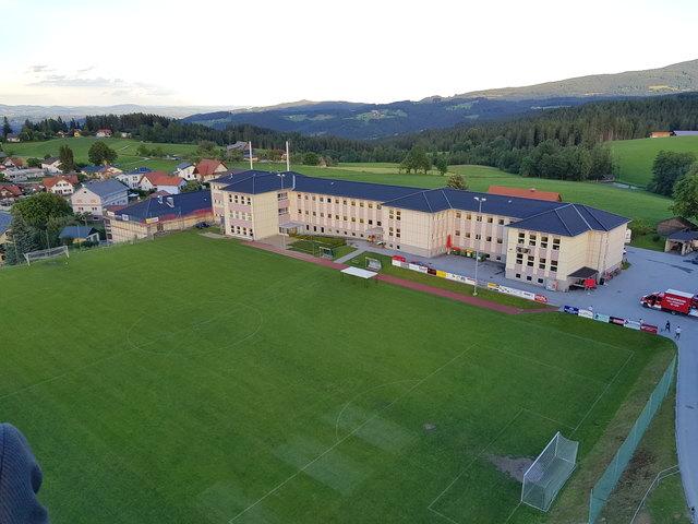 Das rundum erneuerte Schulzentrum in Edelschrott wird am 30. September offiziell eingeweiht.