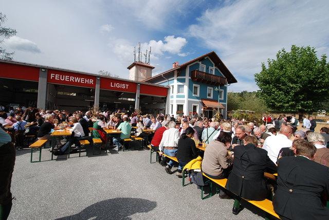 Beste Stimmung und regionale Köstlichkeiten garantieren die Kameraden der FF Ligist.
