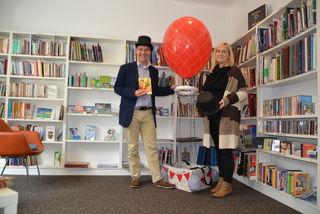 Anja Kofler und Dieter Mayr-Hassler wollen den Menschen die Welt der Hörbücher näher bringen.