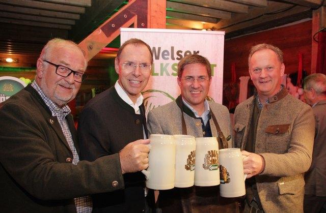 Hermann Wimmer (Messepräsident), Andreas Hunger (Brauunion), Andreas Rabl (Bürgermeister) und Robert Schneider (Messedirektor)