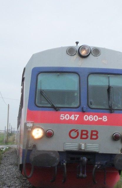 Ein Zug wurde gestrichen, Schüler müssen lange Wartezeiten in Kauf nehmen.