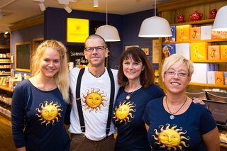 In Aachen wächst die Freude. Im Bild das Team rund um den neuen Franchise-Partner Horst Recker: Johanna Lagner, Ute Vieten und Birgit Vieten-Zohren.