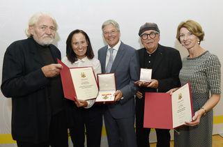 Verleihung von Landes- und Bundesauszeichnungen durch LH Peter Kaiser mit Peter Krawagna, Melitta Trunk, Peter Kaiser, Dieter Themel und Gaby Schaunig