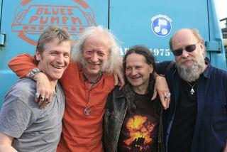 Seit 42 Jahren on the Road: Die Bluespumpm kommt am 14.10. in den Tarrenzer Blues-Kaller.