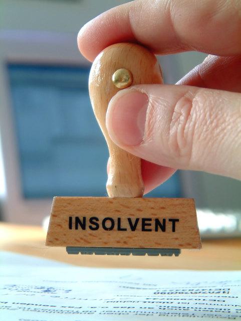 Insolvenz, die Gläubiger schauen durch die Finger, das nächste Unternehmen wird eröffnet. Barbara Wiesler-Hofer erklärt, wieso