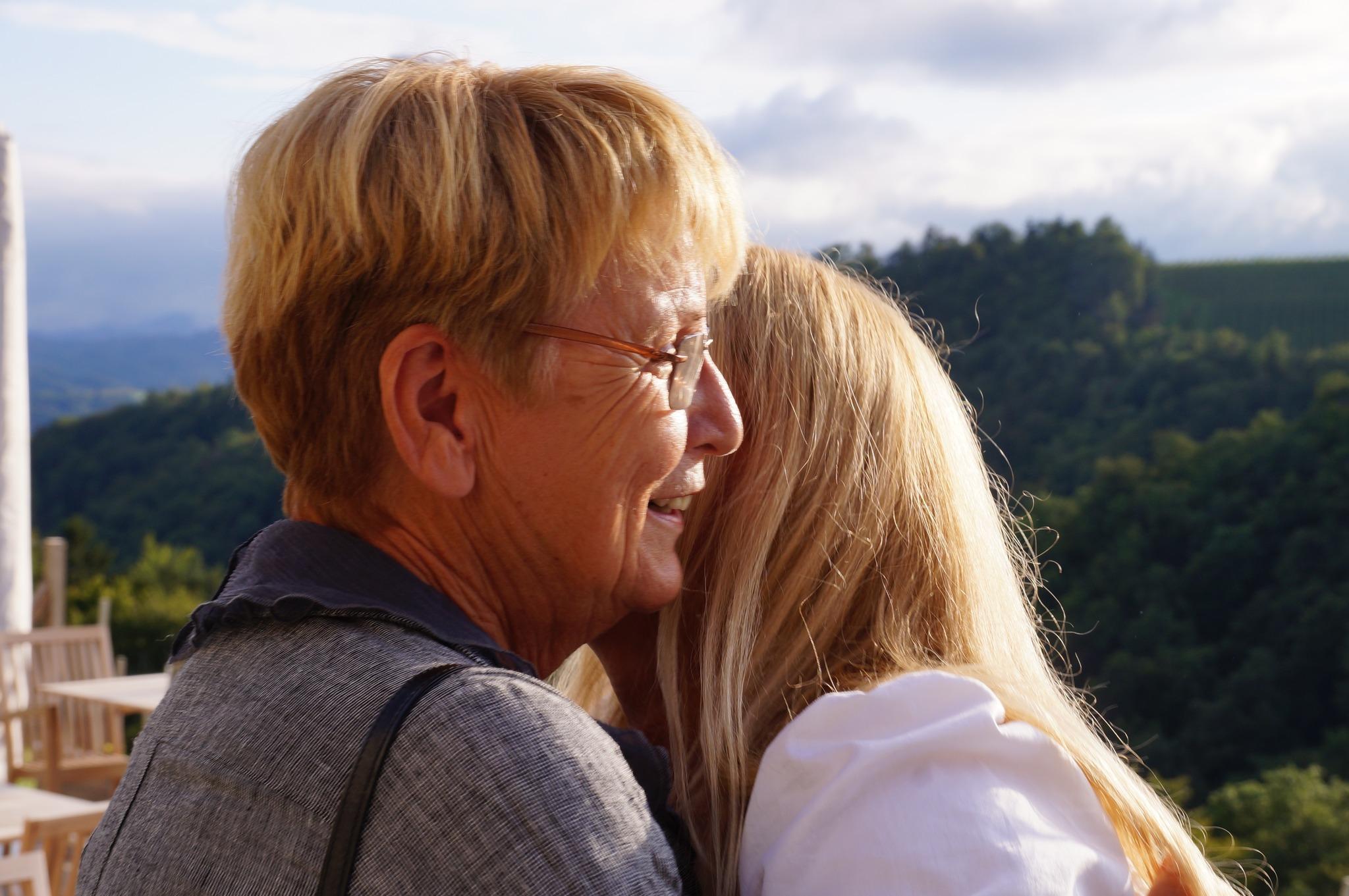 Exklusive partnervermittlung leibnitz: Sex kontakte gruppen