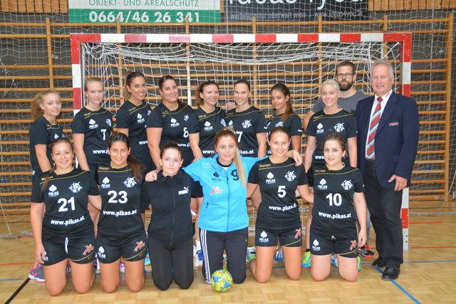 Zum Auftakt wünschte auch ASVÖ Burgenland-Präs. Robert Zsifkovits dem jungen Handballteam viel Erfolg.