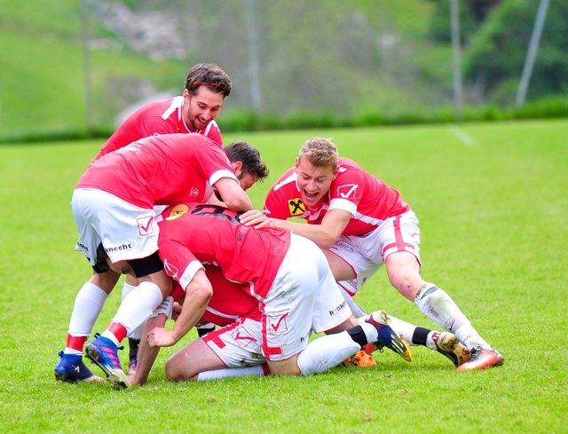 Beim FC Sellraintal wurde doppelt gejubelt: 3:1-Sieg in Prutz und Verbesserung um acht Plätze!