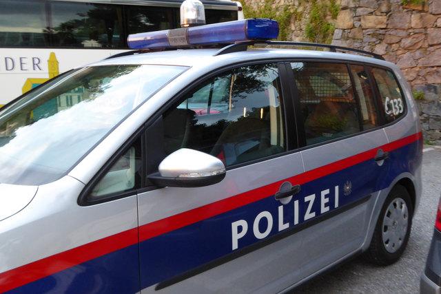 Vier verletzte Jugendliche bei Unfall in Tarsdorf