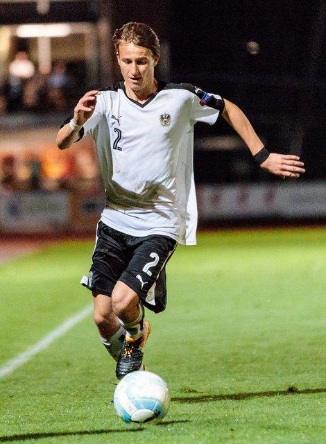 Fabian Tauchhammer hat Immer ein Blick für den Ball, seine Mitspieler und die Offensive. Foto: EXPA/ Johann Groder/KK