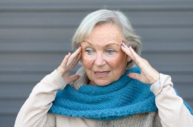 Die ersten Anzeichen von Demenz sind oft subtil.