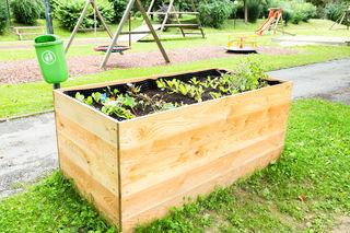 Das Hochbeet im Gratkorner Gemeindepark wurde wieder neu bepflanzt. Nun hofft man, dass die Pflanzen ungestört wachsen können und allen Bürgern in Gratkorn zugutekommen werden.