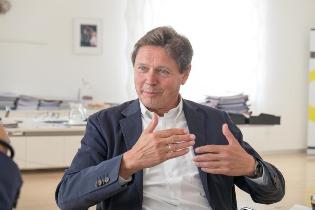"""Wolfgang Anzengruber im Interview: """"Zu unserer Gesamt-Investition für Fischwanderhilfen von 280 Millionen kommen dann noch Beiträge von Partnern und Förderungen. Mit den Ländern und den Landesfischereiverbänden können wir deshalb die Vorgaben der EU-Richtlinie übertreffen."""""""