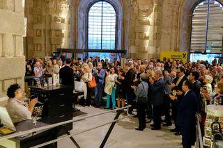 Über 200 Gäste waren vom Rahmenprogramm des Raiffeisen-Event im Stift begeistert.