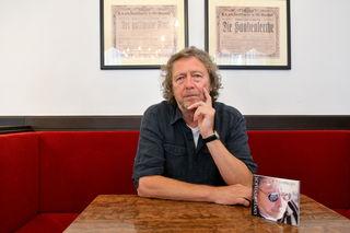 Peter Cornelius im bz-Talk im Café Dommayer.