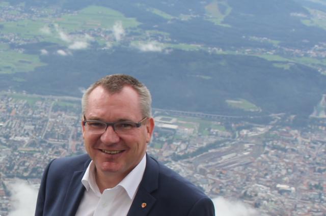 """Der geförderte Wohnbau ist für LR Johannes Tratter das """"einzig wirksame Mittel"""" für leistbares Wohnen."""