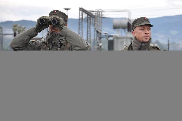 """""""Milizsoldaten schützen Energieversorgungsanlagen in St. Martin im Sulmtal."""""""