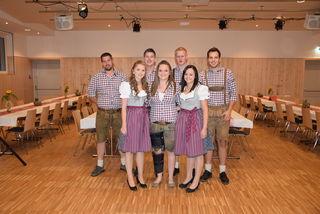Vorstand Lj-Zederhaus                                                              1.Reihe: Petra, Christina und Birgit                                          2. Reihe: Willi, Alexander, Thomas und Michael