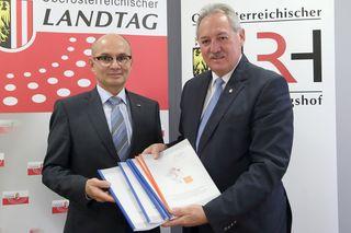 Landesrechnungshof-Direktor Friedrich Pammer und Landtagspräsident Viktor Sigl.
