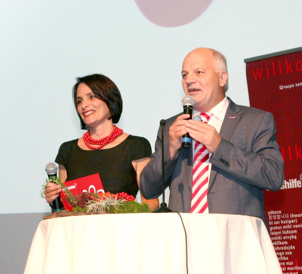Machen Kinderarmut zum Thema: Volkshilfe-Regionalkoordinatorin Barbara Tröls und Volkshilfe-Freistadt-Obmann Hans Affenzeller.