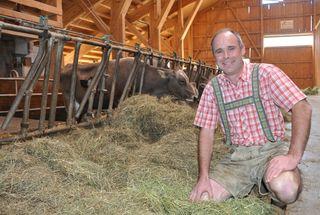 Hannes Strobl ist der Obmann der 20 oberösterreichischen Schulmilchbauern.