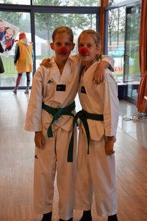 Julia und Manuela Nagl-Hätinger - We are Clown-Doktor-TaeKwonDoins