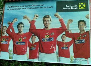 Raiffeisenbanken treten als wichtige Sponsoren von Vereinen auf.