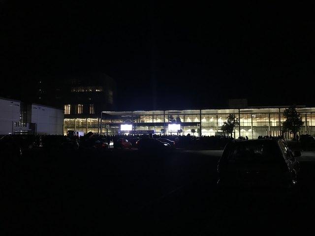 Update Auf Grund Einer Anonymen Bombendrohung Wurde Messehalle