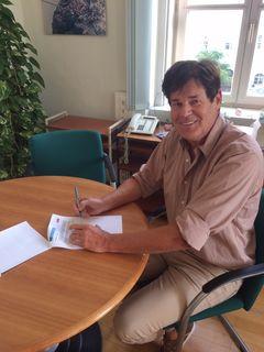 Schärdings Stadtchef Franz Angerer möchte am liebsten Gemeindefusionspapiere unterschreiben.
