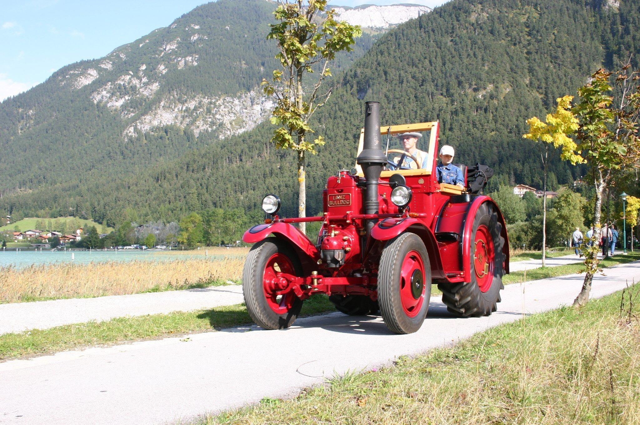 Traktorfest und Oldtimertreffen vom FR rematesbancarios.com bis so 08