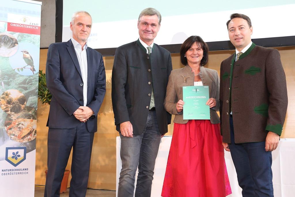 Naturschutzpreis Fur Den Verein Waldpadagogik Braunau