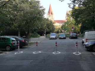 Die Absperrung in der Wehlistraße wurde von der Bezirksvorstehung installiert - eine Diskussion darum vermissen Anrainer und Bezirkspolitik.