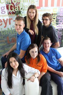 In der aktuellen Ausgabe der BezirksRundschau lesen Sie Berichte von Esther, Anna, Lena, Jonas, Michael und Florian.