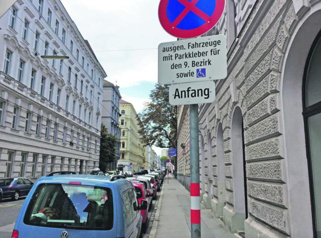 Anrainerparken rund um die Volksoper: vom Bezirk gewünscht, von der MA 46 aber auf Eis gelegt.