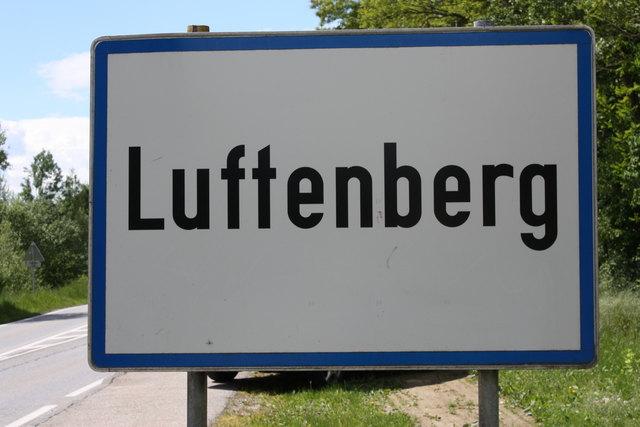 """In einer geheimen Abstimmung beschloss der Luftenberger Gemeinderat vergangenen Donnerstag die Umsetzung es Projektes """"Junges Wohnen""""."""