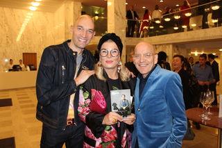 TLT-Pressesprecher Stefan Ruhl mit Maya Schwitzer und seinem Mann Dirk