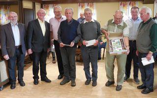 Von links: Josef Miesenberger, Erwin Pachner, Johann Hartl, Josef Liedl, Josef Kramml, Rudolf Kling, Otto Püringer und Franz Grasböck.