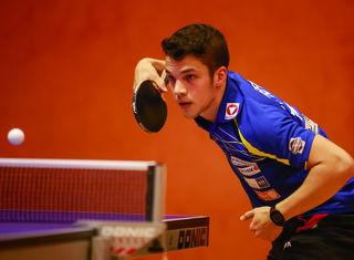 Simon Pfeffer gewann seine beiden Einzelspiele gegen Dominik Habesohn und Victor Vajda.